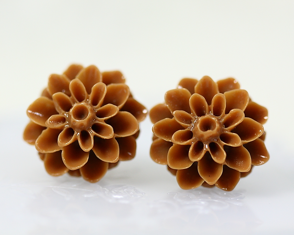 Brown Chrysanthemum Ear Posts, Bridal Jewelry, Bridesmaids Gift, Flowergirls Gift