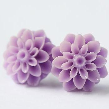 Lavender Chrysanthemum Ear Posts, Bridal Jewelry, Bridesmaids Gift, Flowergirls Gift